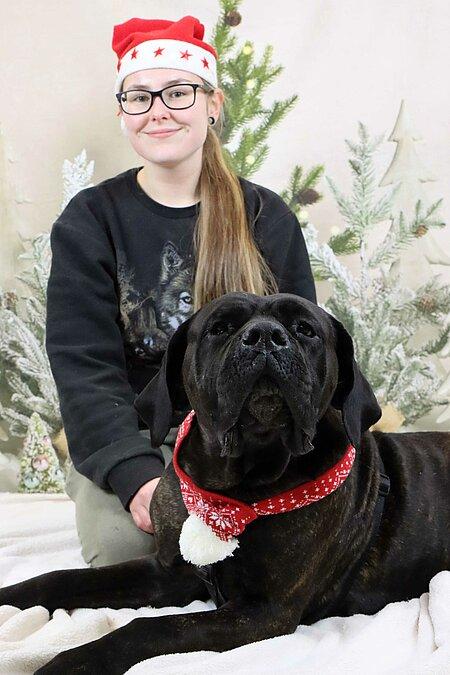 Laura und Hund Lotte